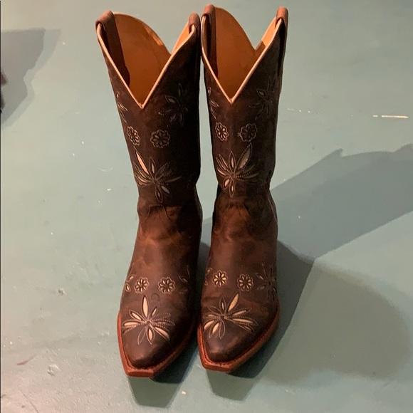 3321c4032 Shyanne Shoes   Womens Daisy Mae Cowgirl Boots   Poshmark